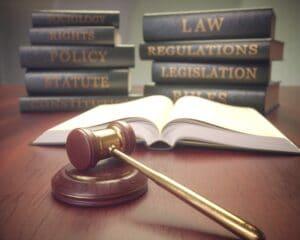 איך לבחור עורך דין נזיקין לתביעה?